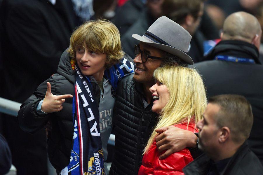 Isabelle Camus et Yannick Noah et leur fils Joalukas