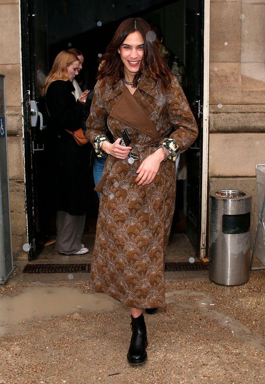 Alexa Chungpart du défilé Chloé lors de la fashion week de Paris, le 27 février 2020.