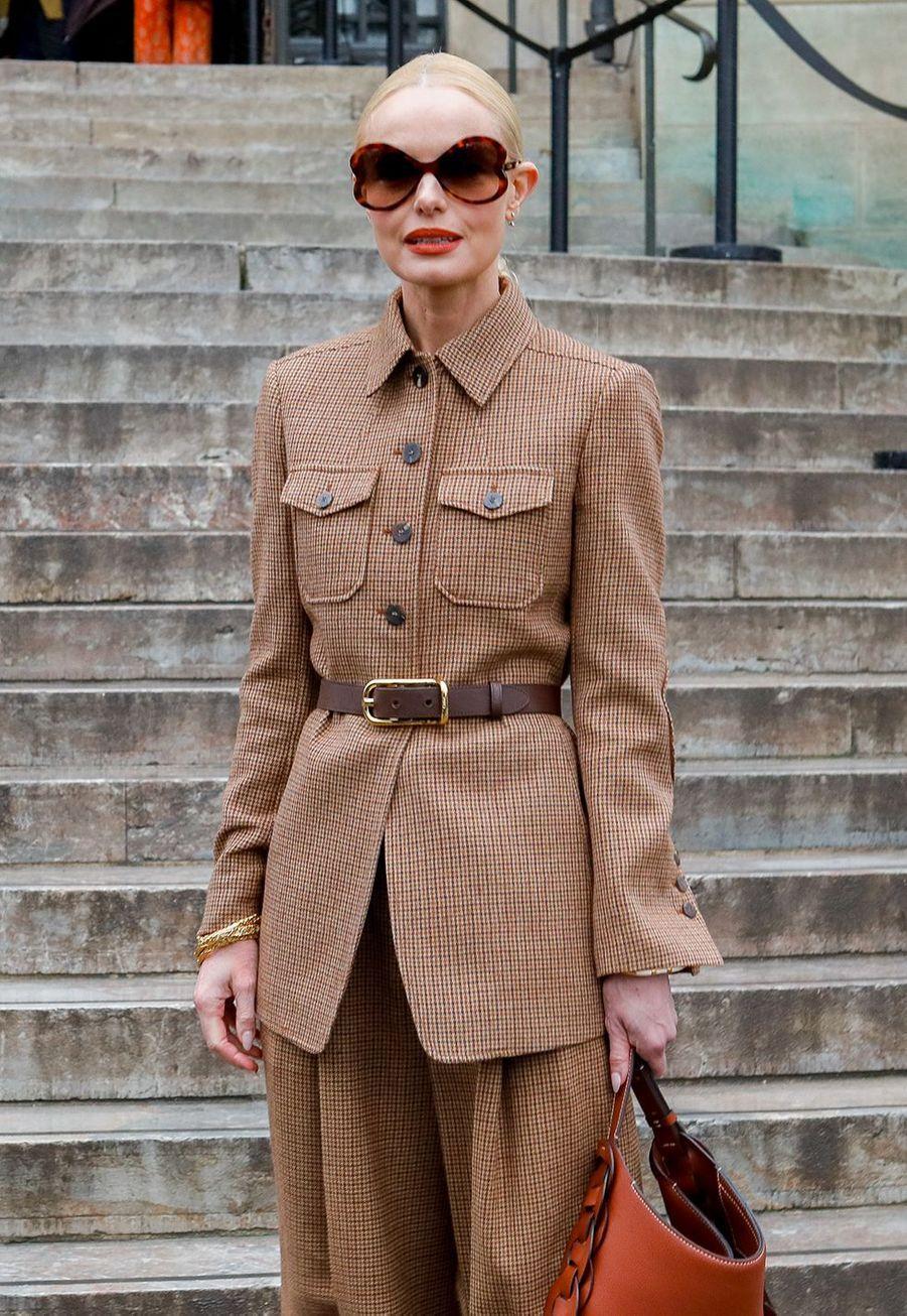 Kate Boswortharrive au défilé Chloé lors de la fashion week de Paris, le 27 février 2020.