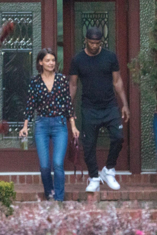 Katie Holmes et Jamie Foxx à la sortie d'un hôtel à Atlanta, le 18 septembre 2018