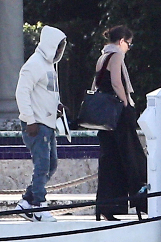 Katie Holmes et son compagnon Jamie Foxx à Miami, le 30 décembre 2018