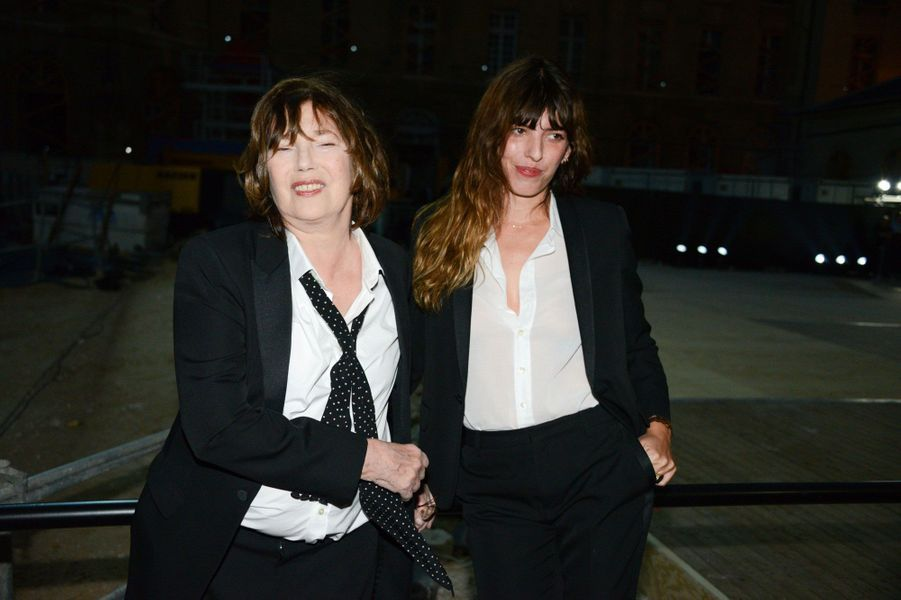 Jane Birkin et Lou Doillon au défilé Saint Laurent à Paris