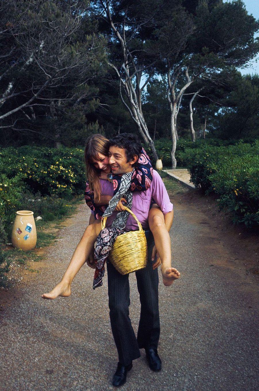 Serge Gainsbourg et Jane Birkin à Cannes.