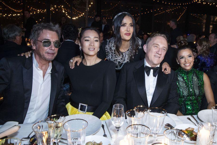 Jean-Michel Jarre, Gong Li, Salma Hayek, François-Henri Pinault et Eva Longoriaà la soirée Kering «Women In Motion Awards» lors du 72ème Festival International du Film de Cannes le 19 mai 2019