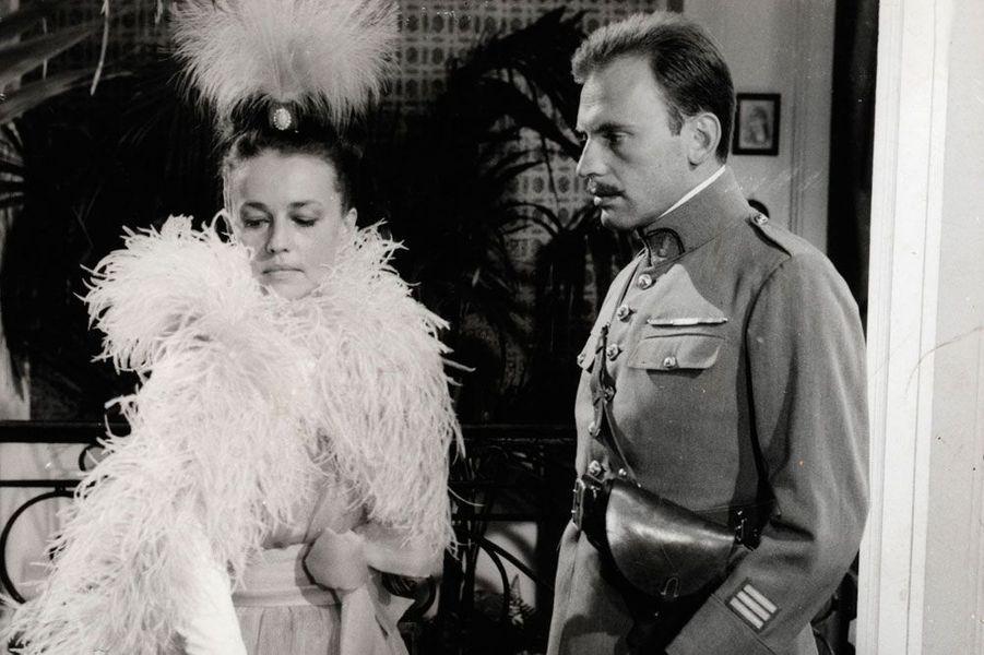 "Jeanne Moreau et Jean-Louis Trintignant dans ""Mata Hari""en 1965"