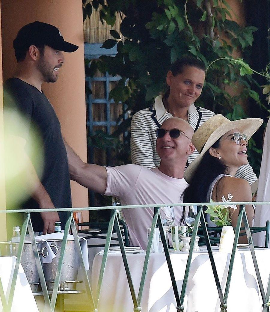 Scooter Braun, Lauren Sanchez et Jeff Bezos à Portofino le 10 août 2019