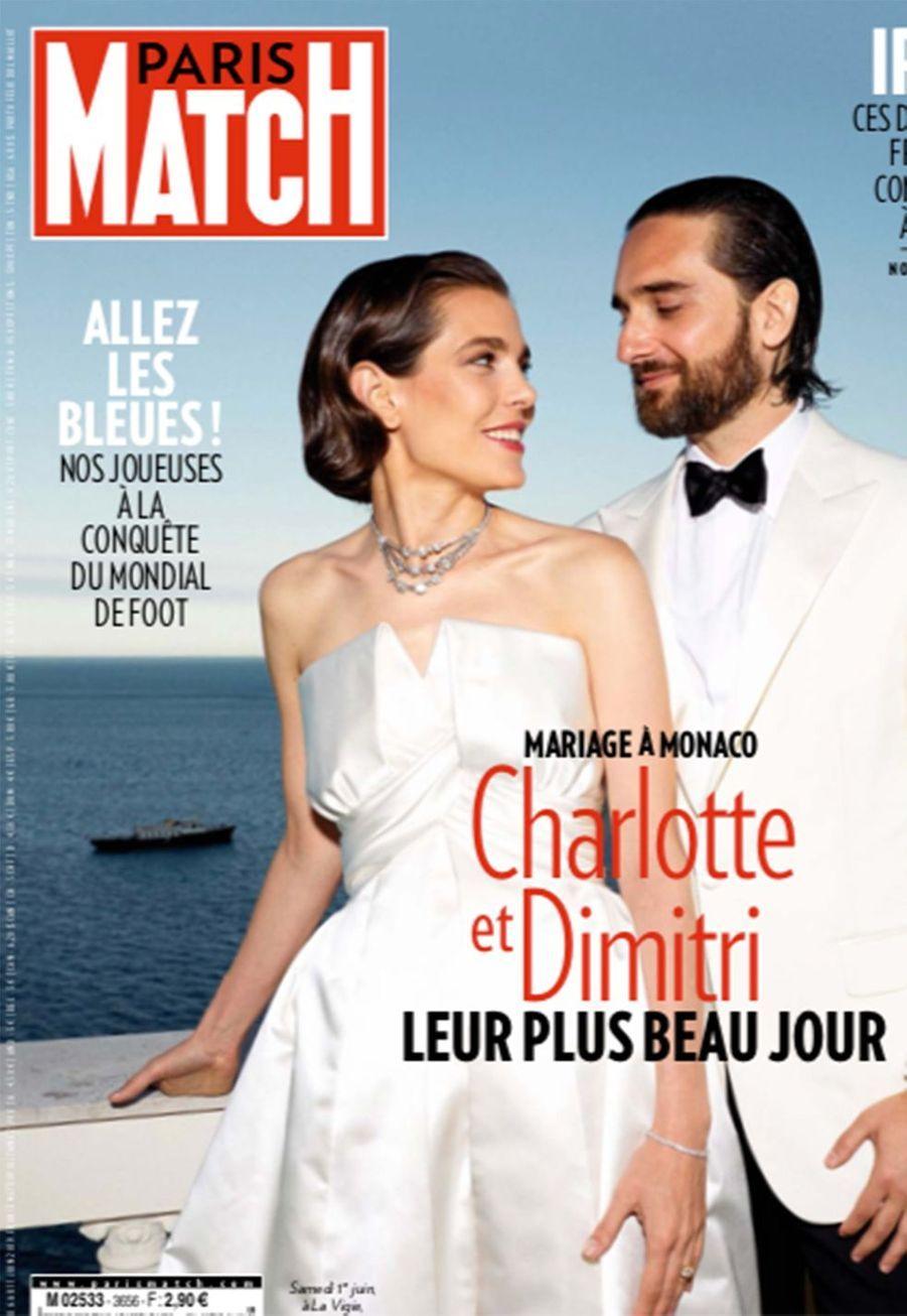 Après deux ans d'amour et un petit Balthazar (né en octobre 2018), Charlotte Casiraghi et Dimitri Rassam se sont mariés à Monaco le 1er juin 2019.