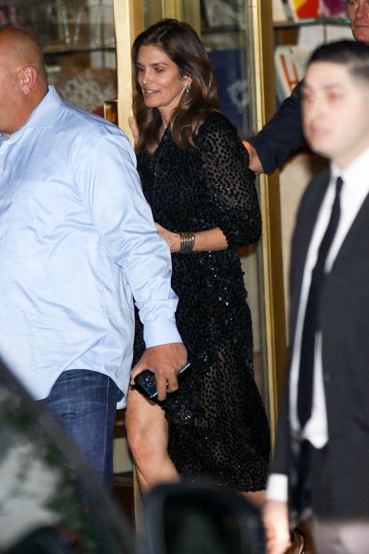 Cindy Crawfordà la soirée d'anniversaire de Jennifer Aniston à Los Angeles le 9 février 2019