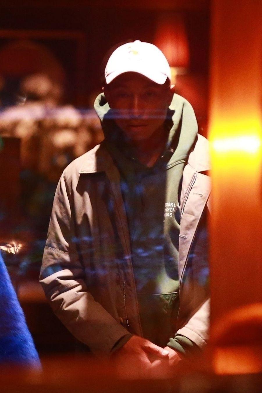 Pharrell Williamsà la soirée d'anniversaire de Jennifer Aniston à Los Angeles le 9 février 2019