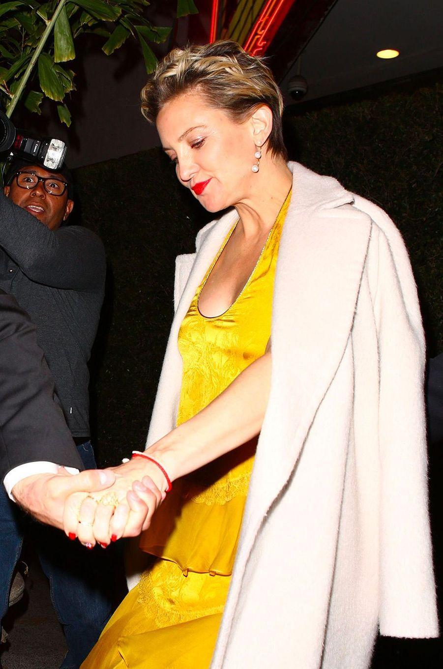 Kate Hudson à la fête de fiançailles de Gwyneth Paltrow