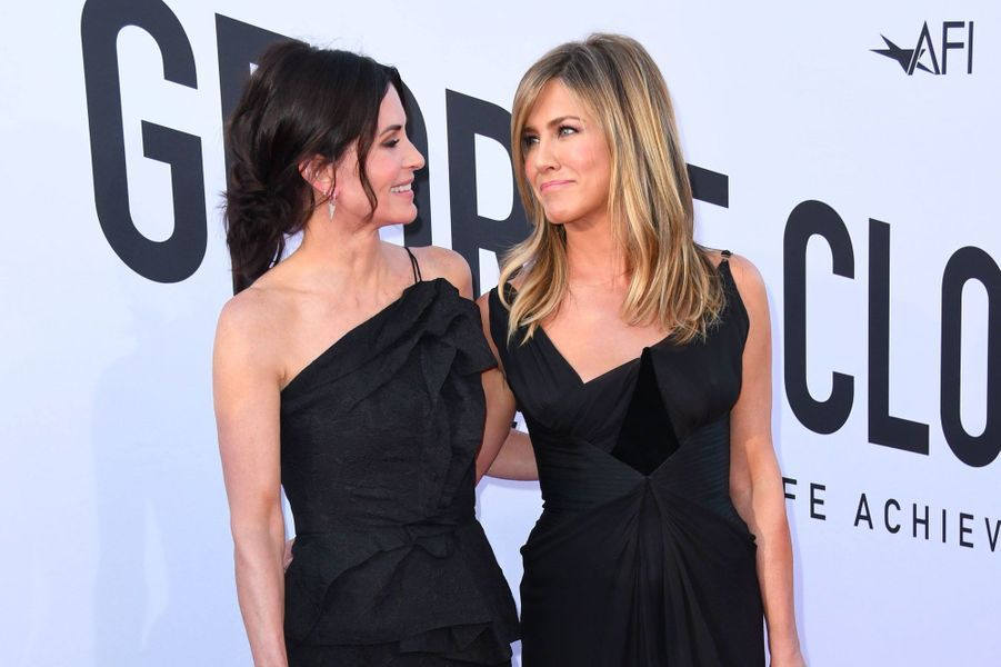 Jennifer Aniston et Courteney Cox aux American Film Institute Life Achievement Awards le 7 juin 2018