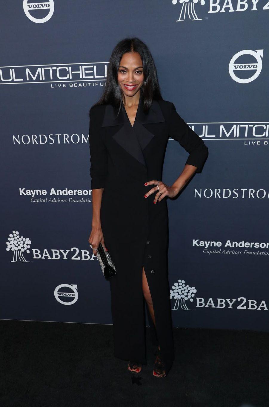 Zoe Saldanaau gala Baby2Baby à Los Angeles, le 11 novembre 2017.