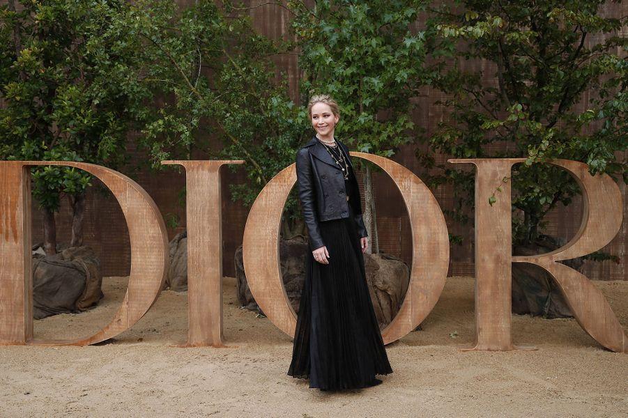 Jennifer Lawrenceà la présentation des collections femme printemps-été 2020 de la maison Dior à Paris le 24 septembre 2019