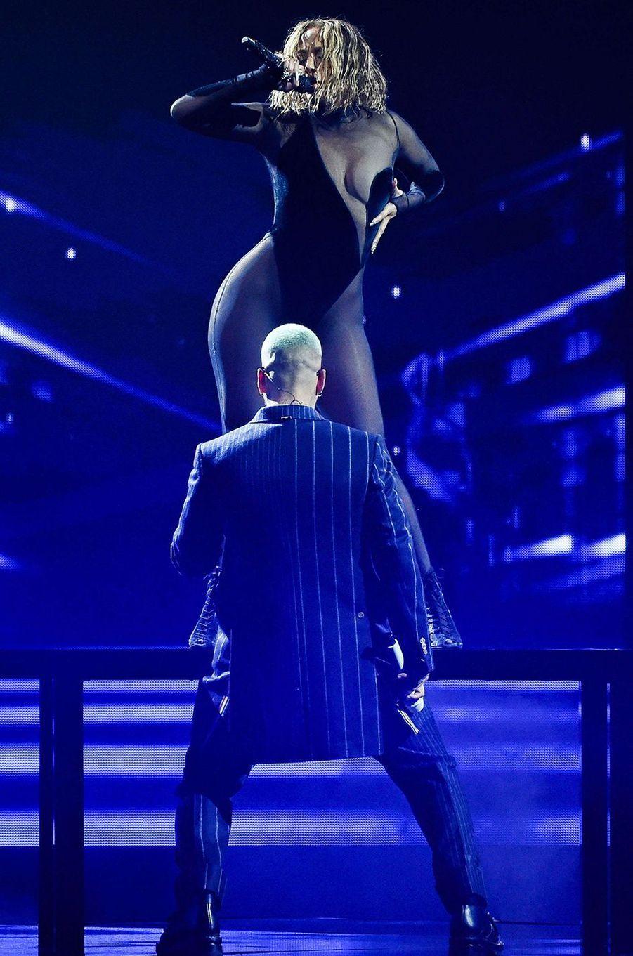 Maluma et Jennifer Lopezaux American Music Awards à Los Angeles le 22 novembre 2020