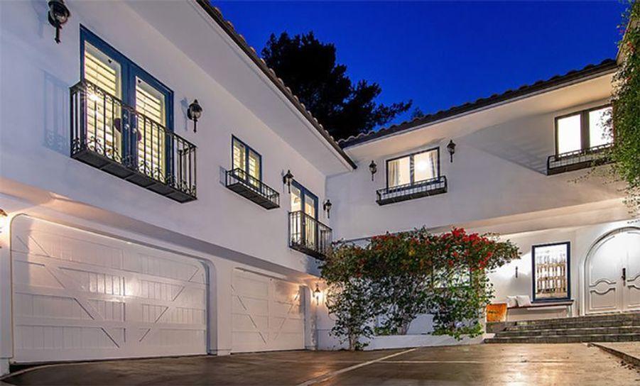 Jessica Alba a mis en vente sa maison de Beverly Hills pour 6,1 millions de dollars.