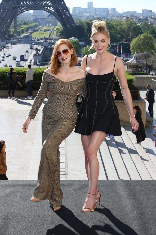Jessica Chastain et Sophie Turnerà Paris le 26 avril 2019