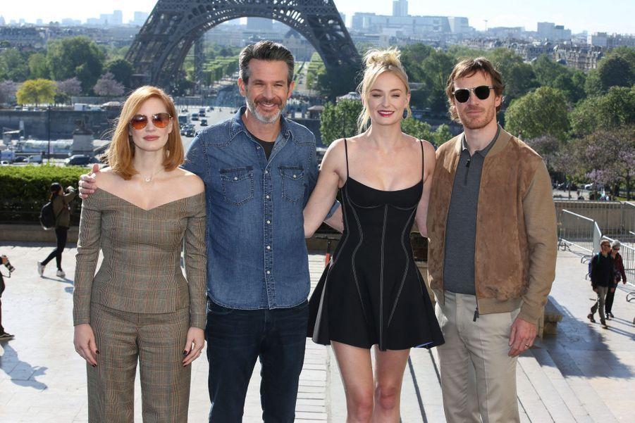 Jessica Chastain, Simon Kinberg, Sophie Turner et Michael Fassbenderà Paris le 26 avril 2019