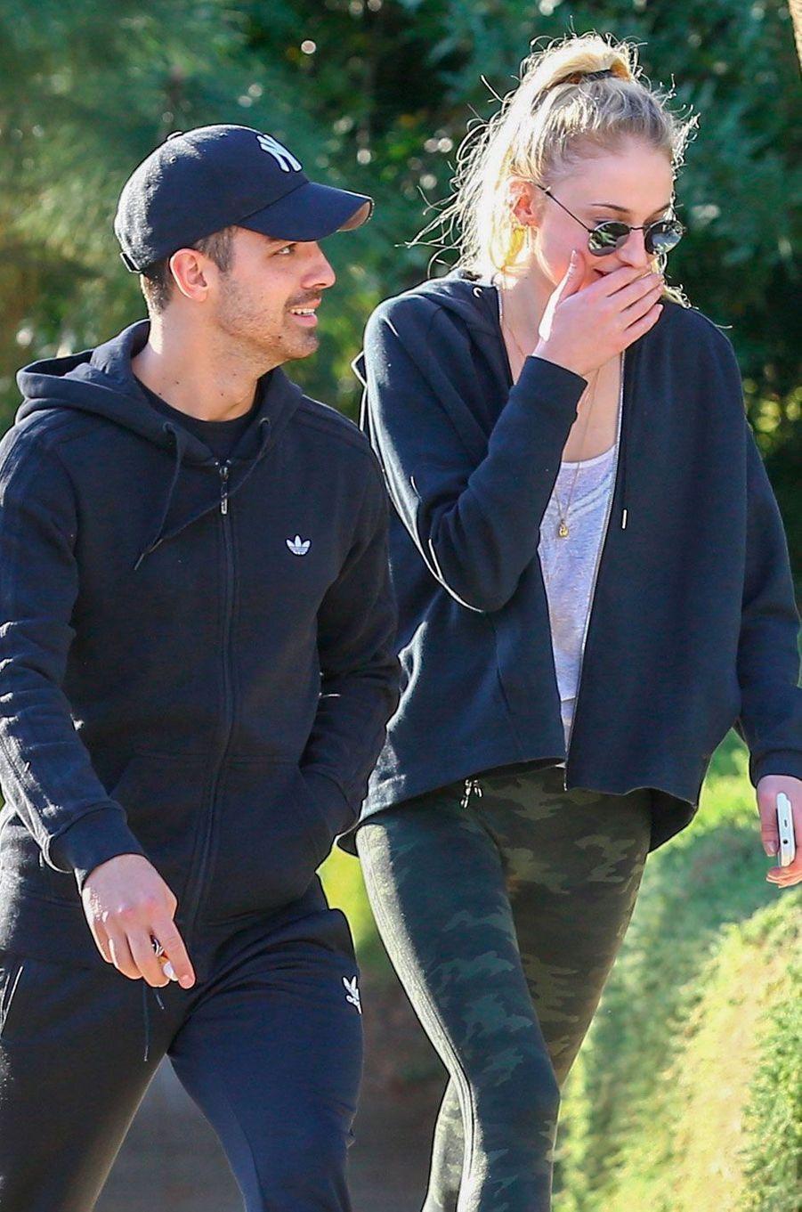 Sophie Turner et Joe Jonas sont officiellement ensemble