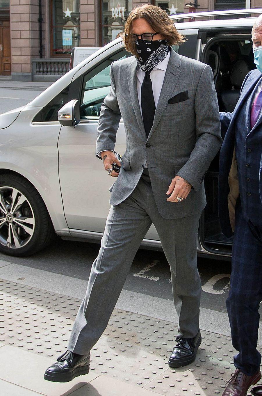 Johnny Depp à Londres le 13 juillet 2020