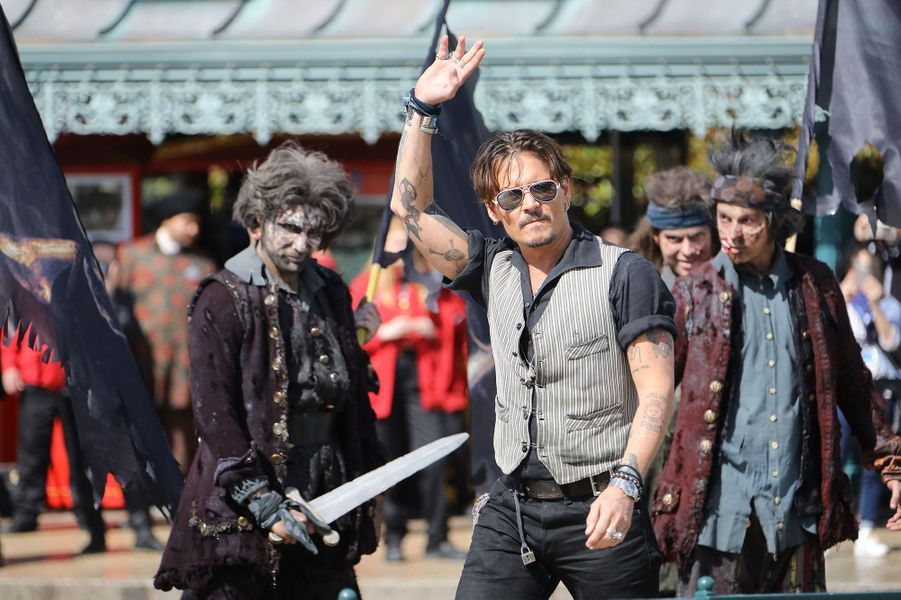 Johnny Depp, la superstar à Disneyland Paris, le 14 mai 2017.