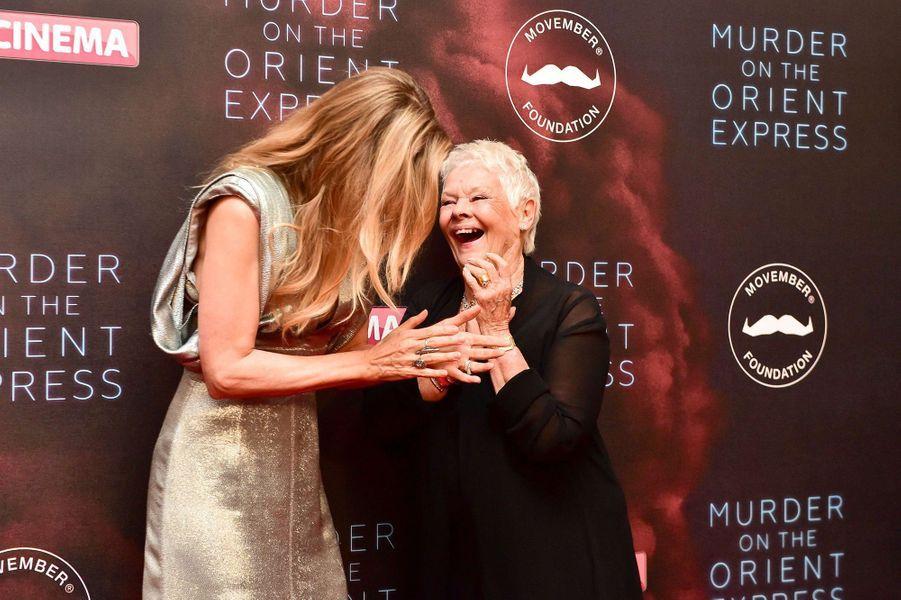 Michelle Pfeiffer et Judi Dench à l'avant-première du «Crime de l'Orient-Express», à Londres, le 2 novembre 2017.