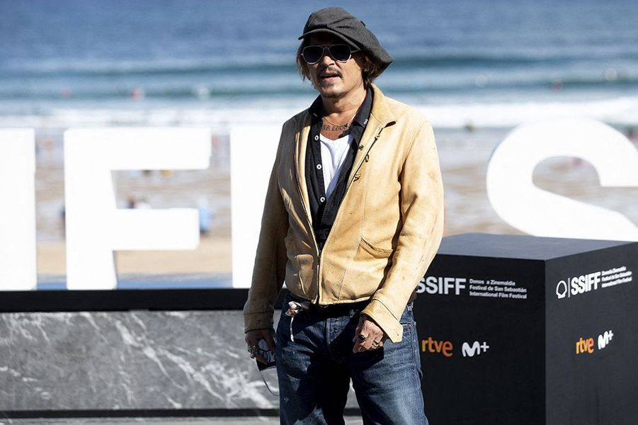 Johnny Depp a présenté dimanche le documentaire «Crock of Gold : A few rounds with Shane Macgowan» lors du 66e festival international du film de Saint-Sébastien, en Espagne.