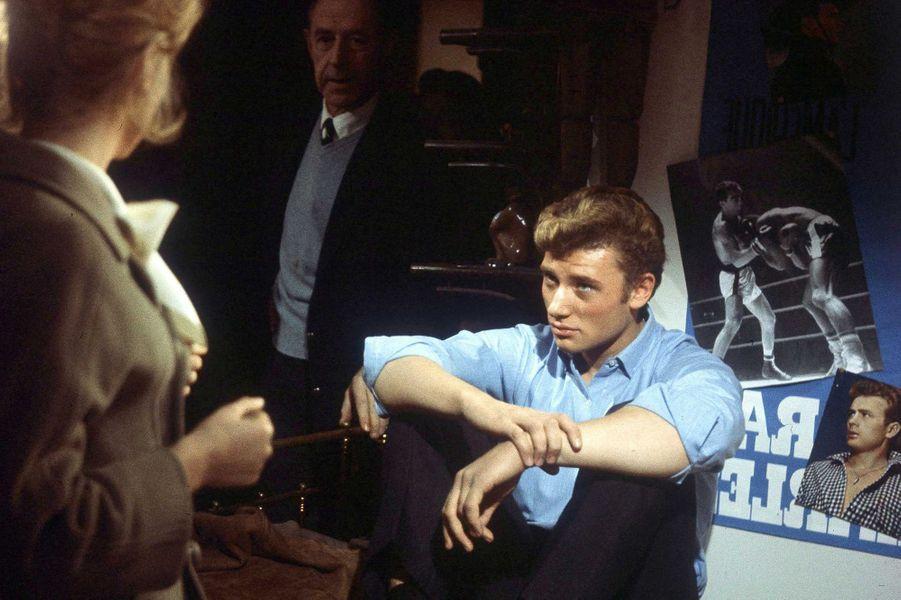Johnny Hallyday avec Catherine Deneuve en 1967.