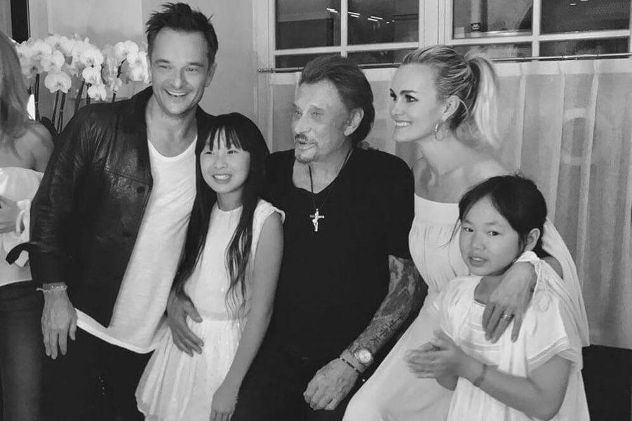 Johnny Hallyday: Laeticia, Jade et Joy, son dernier bonheur.