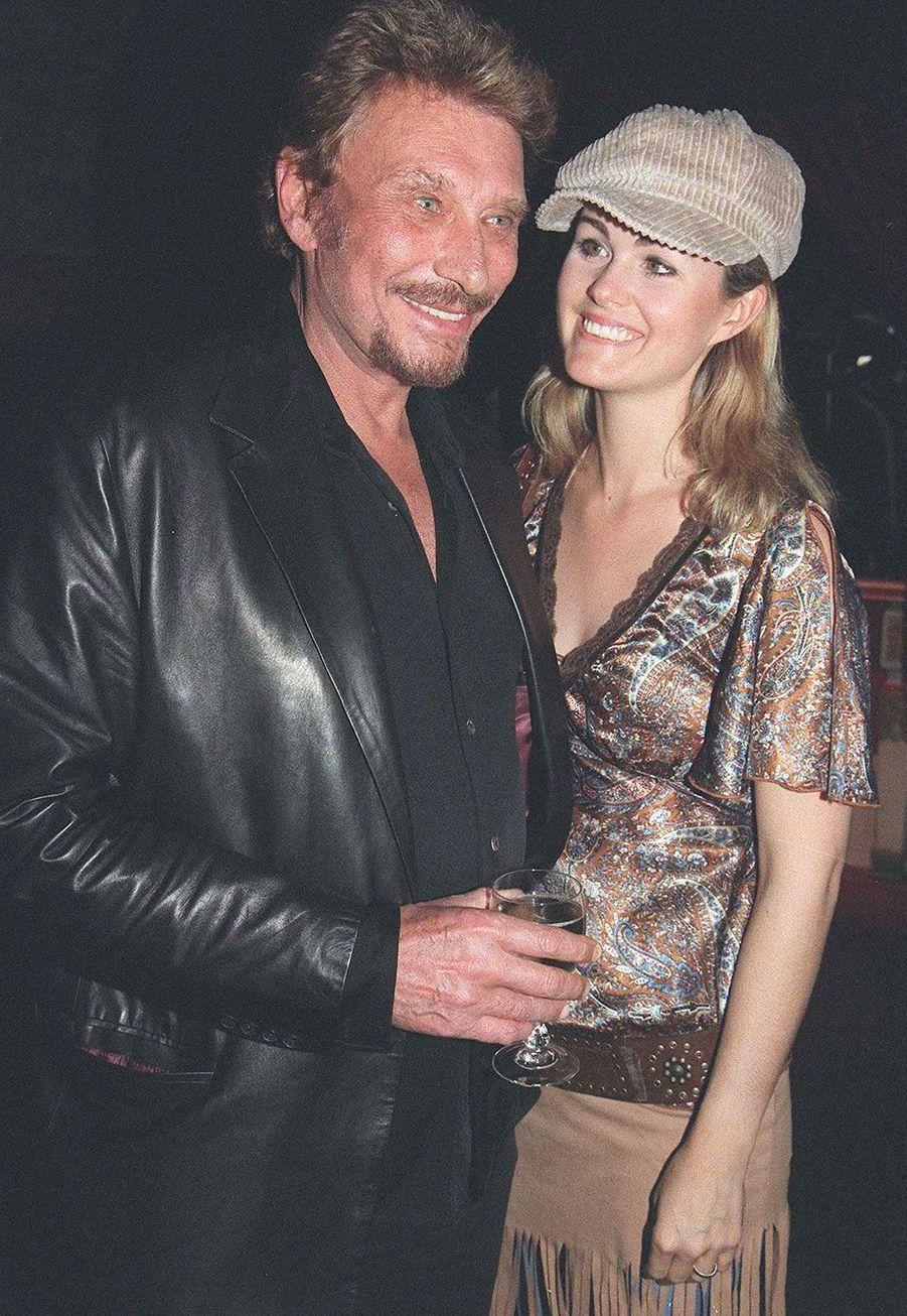 Johnny Hallyday et Laeticia à Paris en 2002.