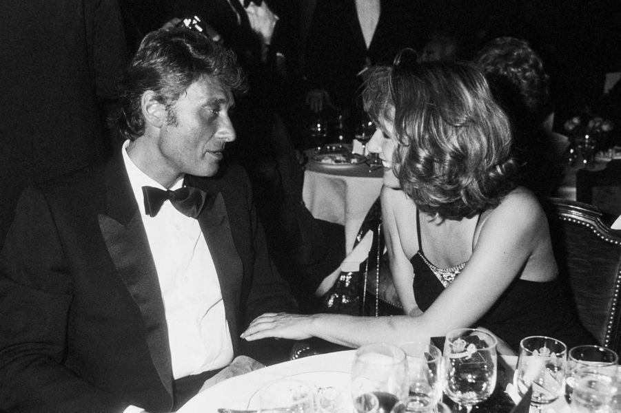 Johnny Hallyday et Nathalie Baye à Cannes en 1984.