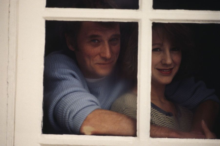 Johnny Hallyday et Nathalie Baye en 1984.