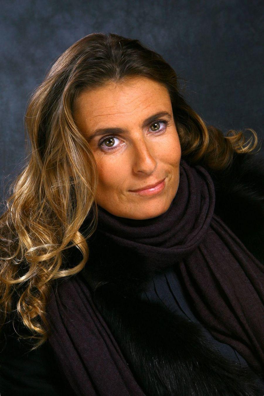 Présidente de l'association Ensemble contre la gynophobie, l'actrice Lisa Azuelos (53 ans) s'implique également auprès des ados pour favoriser le renouvellement du dialogue fille-garçon.