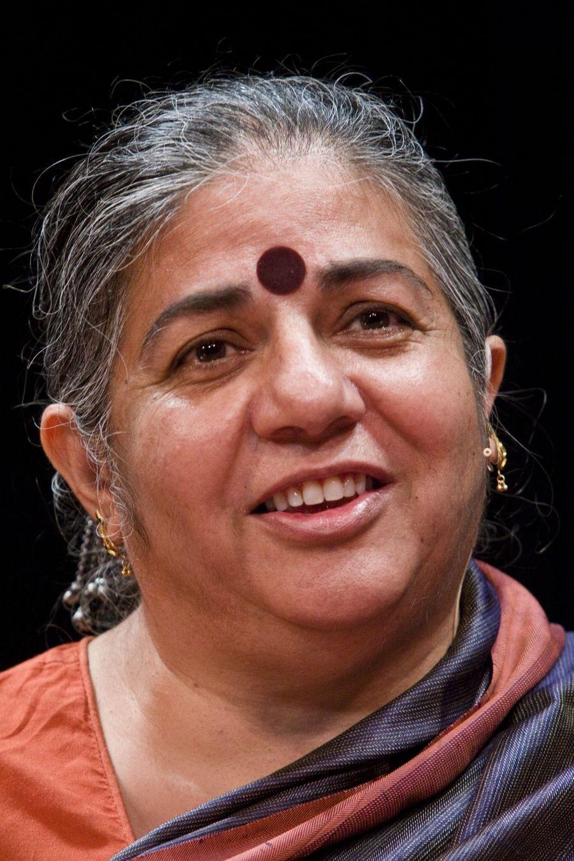 Ecologie, paix et droit des peuples, Vandana Shiva (66 ans) mène de front des combats signifiants en faveur de l'Inde.