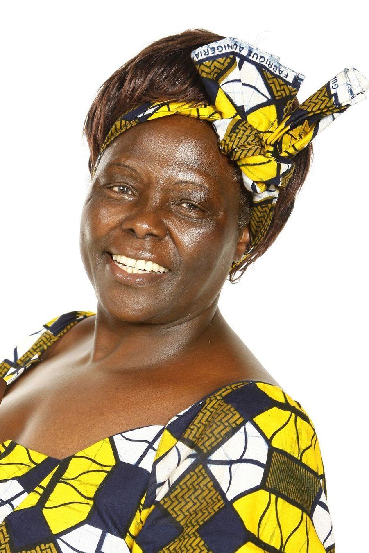 Porteuse du développement durable, de la démocratie et de la paix, Wangari Maathai (1940-2011) reçu le prix Nobel de la paix en 2004.