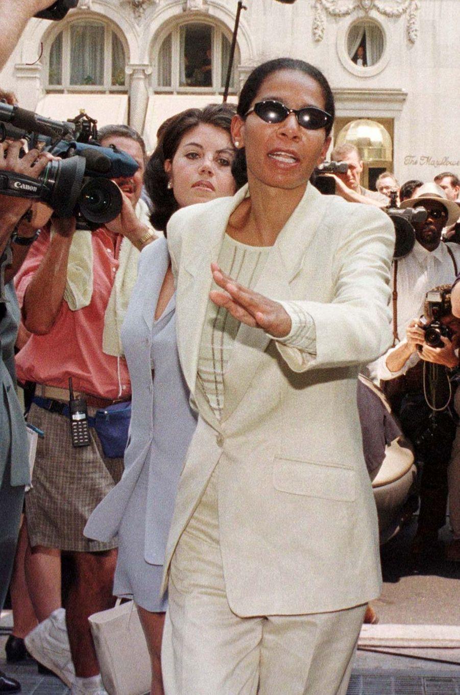 Judy Smith durant l'affaire Monica Lewinsky en 1998.