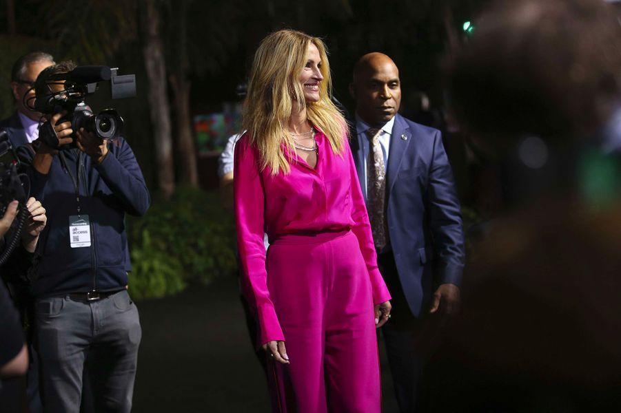 """Julia Roberts à la première de """"Homecoming"""" à Los Angeles, mercredi 24 octobre"""