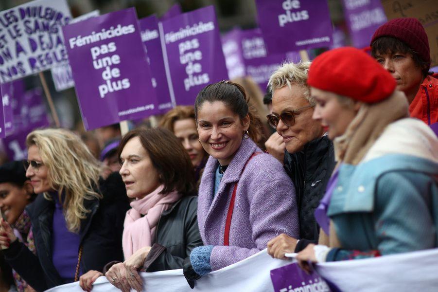 Alexandra Lamy, Laurence Rossignol, Laetitia Casta, Muriel Robin et sa femme Anne Le Nenlors de la marche contre les violences sexistes et sexuelles organisée par le collectifNousToutes à Paris le 23 Novembre 2019.