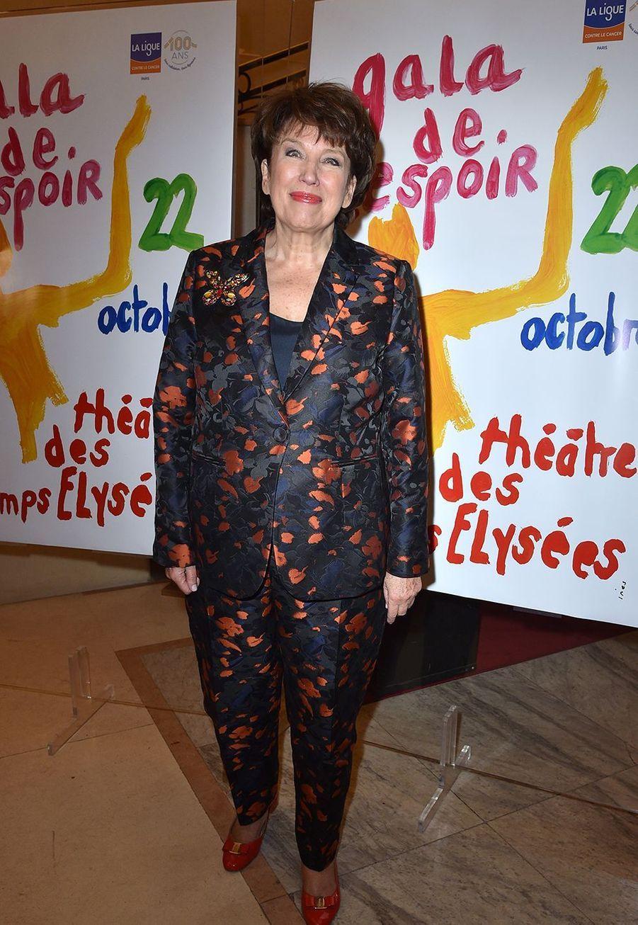 Roselyne Bachelotau Gala de l'Espoir de la Ligue contre le cancer au Théâtre des Champs-Elysées à Paris le 22 octobre 2019