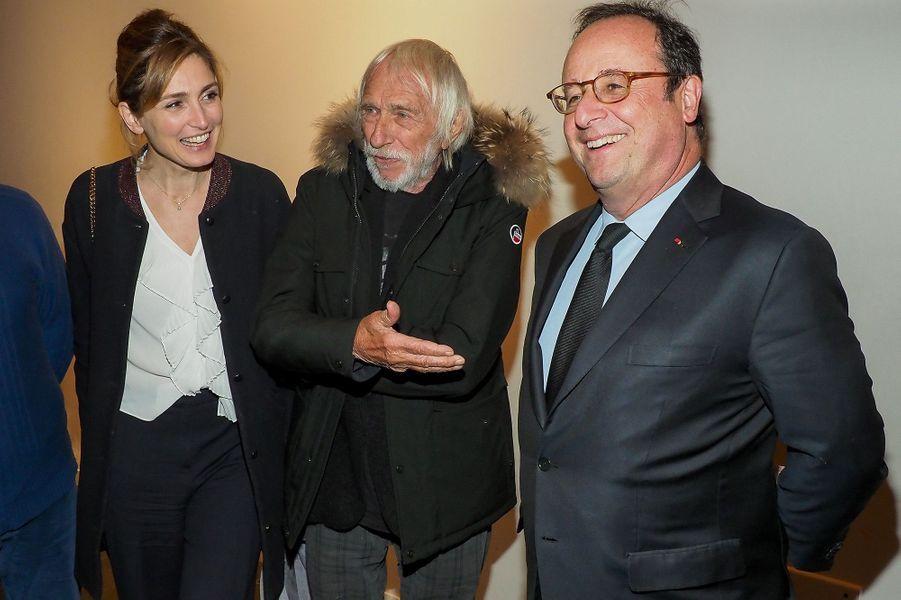 Julie Gayet, François Hollande et Pierre Richard au MK2 Bibliothèque, à Paris, le 26 janvier 2018.