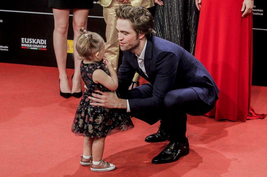 """Robert Pattinson (avec Scarlett Lindsey) présente """"High Life"""", de Claire Denis, au festival du film de San Sebastian, jeudi 27 septembre"""
