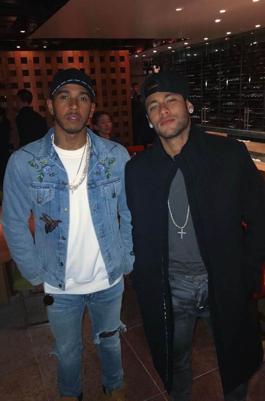 Lewis Hamilton et Neymar.