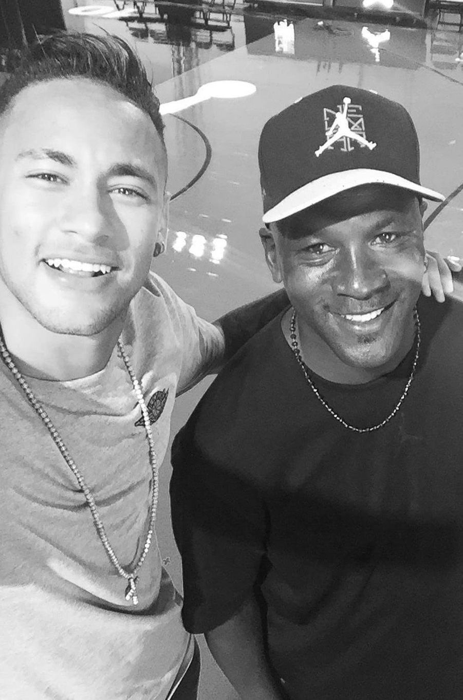 Neymar et Michael Jordan.