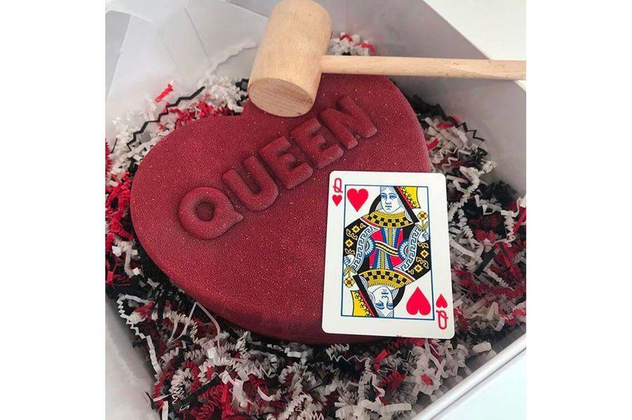 Le gâteau offert à Kris Jenner par Kim Kardashian pour la Saint-Valentin