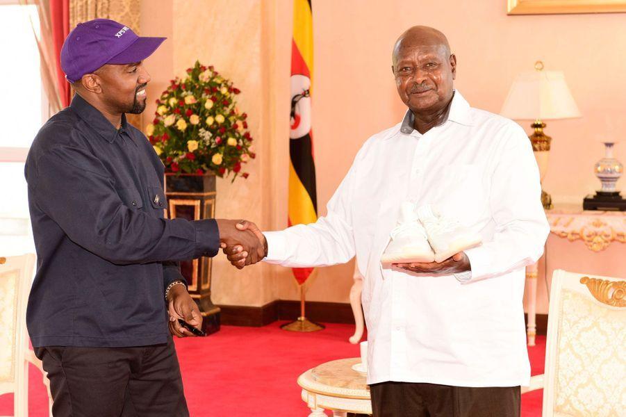 Kanye West et le président Yoweri Musevenià Entebbe, le 15 octobre 2018