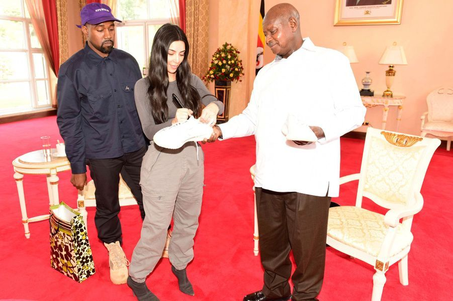 Kanye West et Kim Kardashian à Entebbe, le 15 octobre 2018
