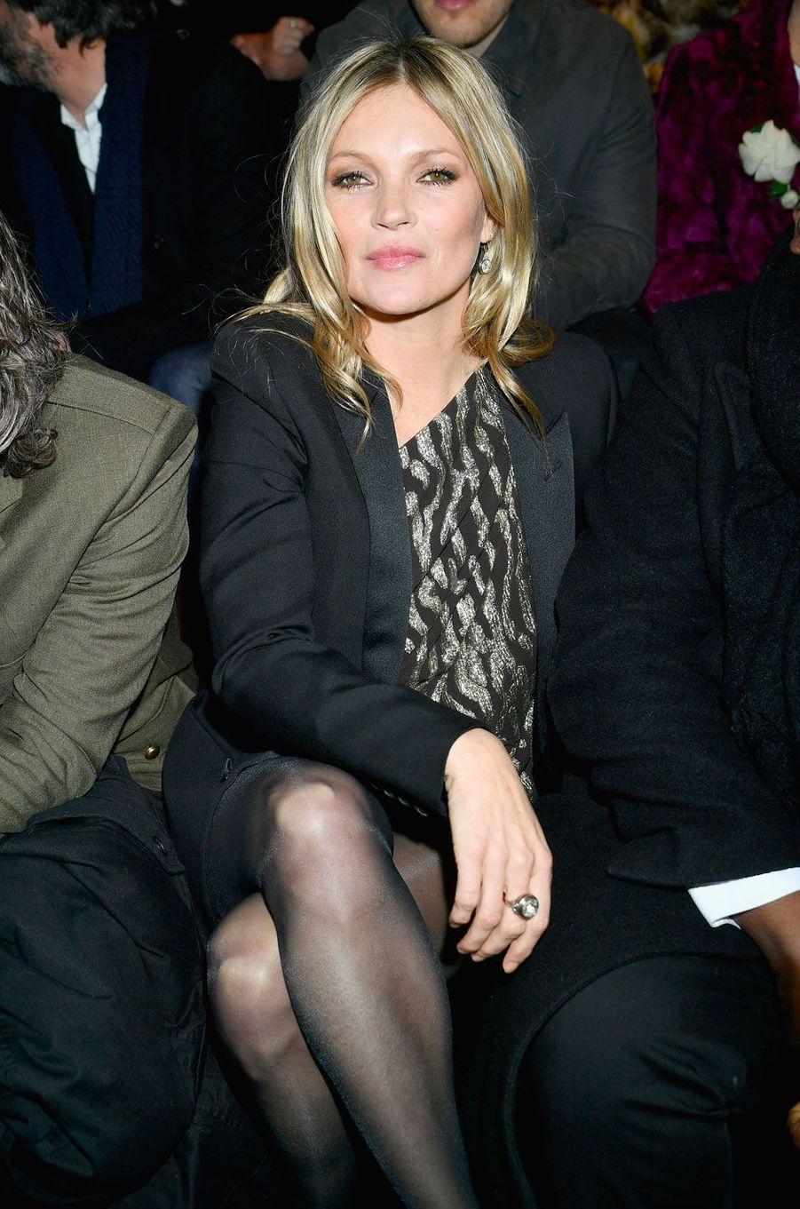 Kate Moss au défilé Saint Laurent à Paris, le 27 février