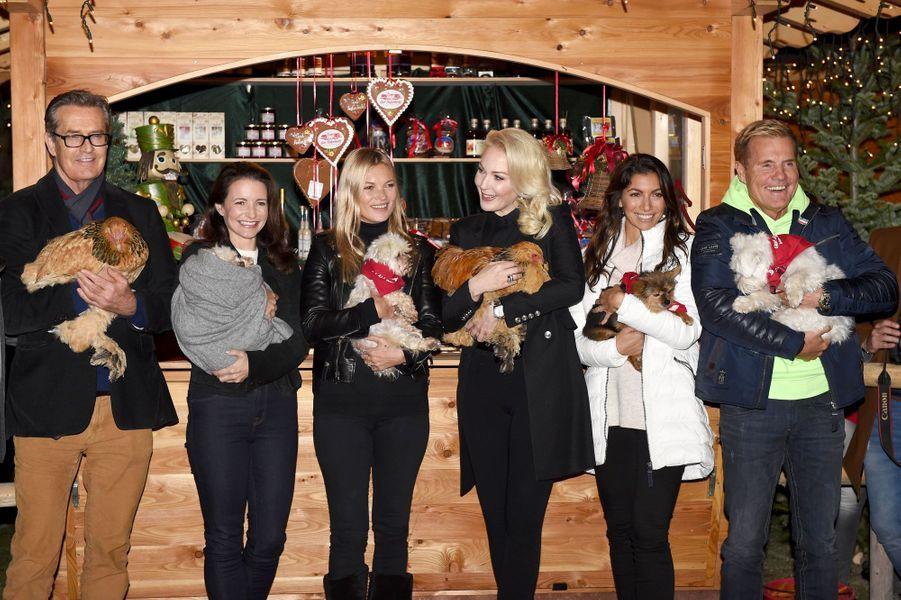 Rupert Everett, Kristin Davis, Kate Moss, Kathrin Glock, Dieter Bohlen et Freundin Carina à l'ouverture du marché de Noël de Henndorf le 13 novembre 2018
