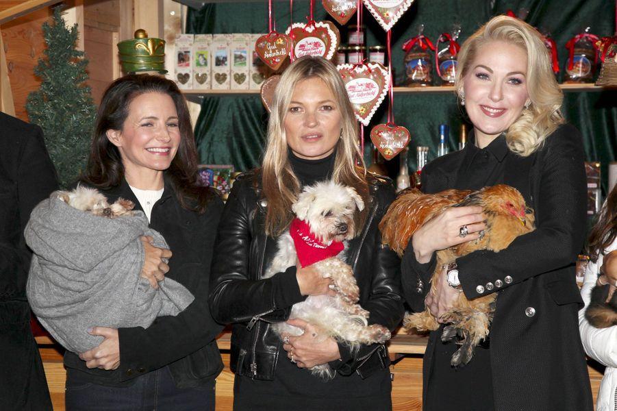 Kristin Davis, Kate Moss et Kathrin Glock à l'ouverture du marché de Noël de Henndorf en Autriche le 13 novembre 2018