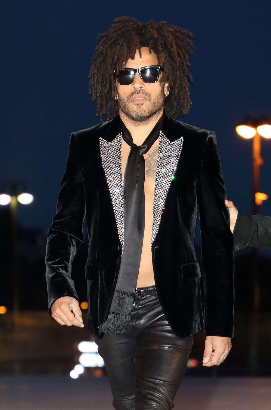 Lenny Kravitzau défilé Yves Saint Laurent, le 26 septembre 2017 à Paris.