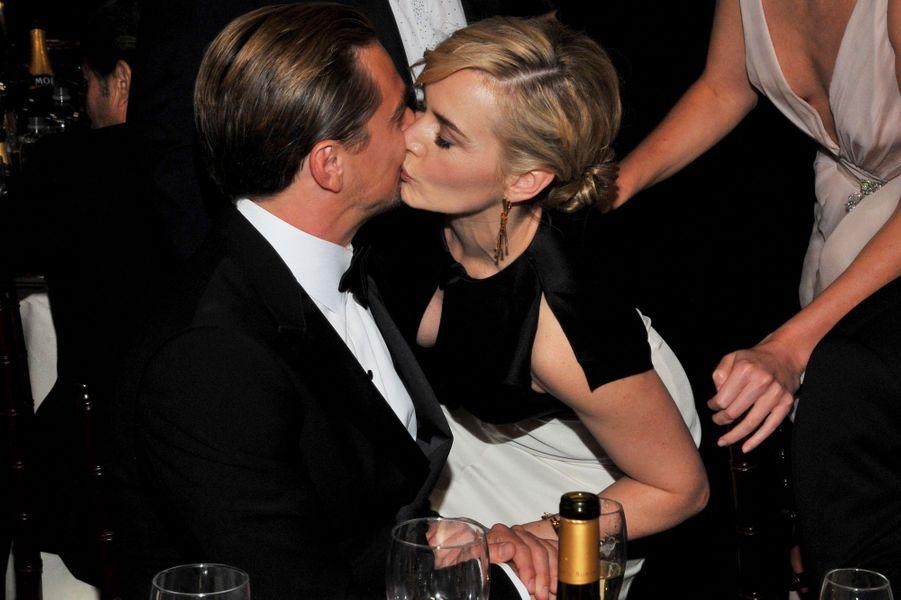 Kate Winslet et Leonardo DiCaprio aux Golden Globes 2012.
